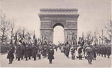 CPA 282 - 11 Novembre - Les drapeaux des régiments dissous