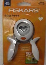 Fiskars 174420-1002 Heart Squeeze Punch