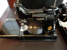 SINGER SEWING MACHINE 221 FEATHERWEIGHT W/CASE EXTRAS