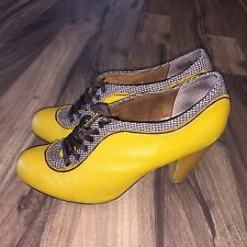Poetic Licence Backlash Women Yellow Lace Up High Heel Shoes Size 9