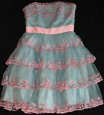 BETSY JOHNSON BLUE AND PINK STRAPLESS FORMAL DRESS SIZE 8