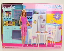Mattel - Barbie Doll - 2002 Living In Style Barbie Kitchen Playset *NM Box*