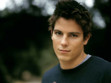 Sean Faris UNSIGNED photo - F843 - Pretty Little Liars, Forever Strong & Reunion
