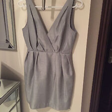 NEW H&M SOLID GRAY SILVER DRESS WOMENS SIZE 4 SOLID V-Neck