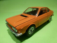 MEBETOYS 1:25  LANCIA BETA COUPE 8582  - EXTREMELY RARE COLOR  - GOOD CONDITION