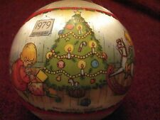 """1979 Hallmark Tree Trimmer Collection 4""""J Oan Walsh Anglund Satin Ball Orname"""