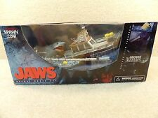 Rare New McFarlane Action Figure Movie Maniacs Jaws Deluxe Boxed Set Spawn