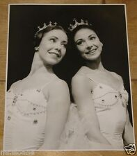 MARGOT FONTEYN NADIA NERINA CINDERELLA ORIGINAL VINTAGE PRESS PHOTO CIRCA 1957