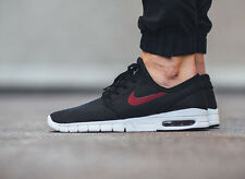 NIKE STEFAN JANOSKI MAX Trainers Shoes SB Air - UK 8 (EUR 42.5) Black / Team Red