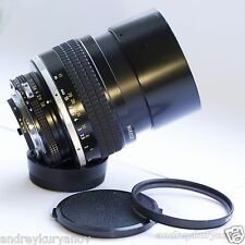 Nikon NIKKOR 105mm f/1.8 Ai-S with AF PRO programming chip full aperture control