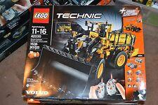 LEGO Technic Remote-Controlled VOLVO L350F Wheel Load 42030