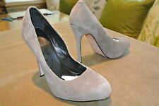 VGC 6M DOLCE VITA Classic Grey Gray Suede Platform Pumps High Heels Shoes Winter