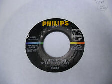 BOCKY Listen To The Beat/Give Me A Minute 45 RPM Philips Records VG+ [Garage]