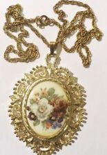 pendentif+chaine vintage finement travaillé relief camée floral couleur or *3703