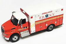 Greenlight 1/64 FDNY New York City Fire International Durastar Ambulance