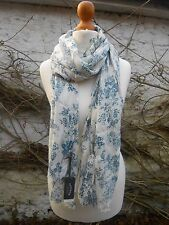 BNWT FAT FACE CREAM PEACOCK PRINT SCARF