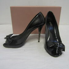 $480 MIU MIU by PRADA gunmetal patent leather peep toe pumps w/ bow sz 38 8