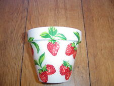 Hand Painted + Decoupaged Flower Pots 11 cm(Terracotta) Cath Kidston strawberry1
