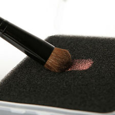 Pro Makeup Powder Brush Eyeshadow Blush Color Dry Clean Sponge Remover Cleaner