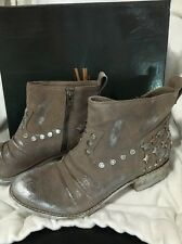 Womens Mia Limited Edition MLE Marshal Taupe Suede Size 7 M