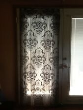 HERITAGE LACE BLACK HALLOWEEN SKULL AND ROSES DOOR/CURTAIN W/FRINGE & FLAW A6A