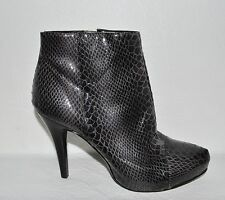 NINE WEST MOST WANTED SZ 5.5 M SNAKE PRINT ANKLE BOOTS BOOTIES