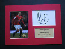 MANCHESTER UNITED ROBIN VAN PERSIE PERSONALLY SIGNED CARD A4 MOUNT DISPLAY - COA