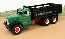 Fumby Motors 1957 White WC-22 Stake Truck 1:15 MIB Ltd Edition Green Blk