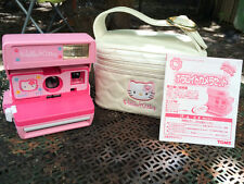 Polaroid Hello Kitty 600 Camera + Bag (wonderful condition!)