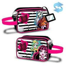 MONSTER HIGH - Beauty / Cosmetic / Vanity Bag - Size Approx: 23 x 15 x 8 cm
