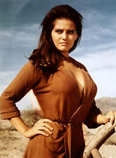 PHOTO CLAUDIA CARDINALE REF (CAR5476)