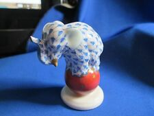 HEREND HUNGARY DANCING BABY ELEPHANT ON BALL BLUE FISHNET 1989 #5215 MINT