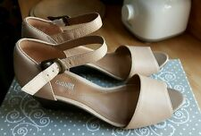 NEW WOMENS CLARKS COLLECTION CUSHION SOFT WEDGE HEELED ANKLE STRAP SHOES BEIGE 4