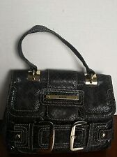 Pre-Owned Guess Handbag/Purse Size Small
