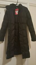 W black north face metropolis parka with hood