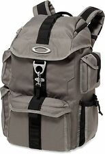 NWT Brand New Oakley Dry Goods Pack Backpack Bag Grigio Scuro Grey Gray