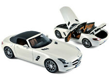 2011 MERCEDES SLS AMG ROADSTER PEARL WHITE 1/18 BY NOREV 183491
