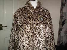 SMART ANIMAL PRINT FAUX FUR CROPPED COAT,BROOCH.WORN ONCE.