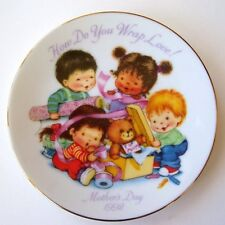 VTG AVON Mothers Day Plate 1992 HOW DO YOU WRAP LOVE!-NEW IN BOX-FREE SHIPPING