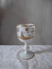 Coupe en opaline blanche décor doré à la main Saint-Ma ?Cup  in opaline