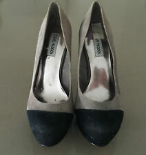 """Pre-owned Great Condition STEVE MADDEN """"Vivie"""" Suede Black & Taupe Pumps Size 9"""