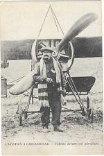 CARCASSONNE (11) aviation aviateur Vedrines devant son avion gros plan