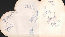 SANDIE SHAW & THE STREAMLINERS (1965) SIGNED AUTOGRAPHS