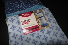 Better Home & Gardens indigo border kitchen apron NWT