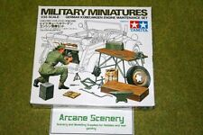 Tamiya WWII  GERMAN KUBELWAGEN ENGINE MAINTENANCE SET 1/35 Scale Kit 35220