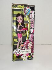 MONSTER HIGH CREEPATERIA DRACULAURA 2013 MATTEL NEW