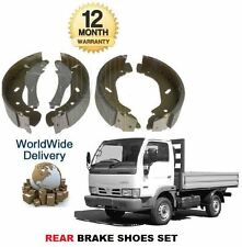 Per NISSAN CABSTAR 90 95 110 120 2001-2007 2.7 DT 3.0 DT Nuovo Posteriore Freno Scarpa Set