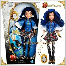 NEW Disney Descendants EVIE Isle of the Lost Doll Daughter of The Evil Queen