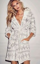 VICTORIA'S SECRET GRAY WHITE NEW! The Cozy Hooded Short Robe NWT XS