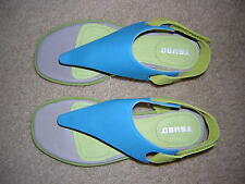 NEW! Tsubo Endora Leather Sandals Size 6M, Color Green and Blue